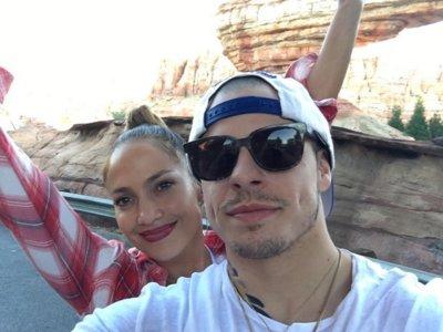 Adiós al amor (otra vez) para Jennifer Lopez y Casper Smart y todo arrumacos para Miranda Kerr