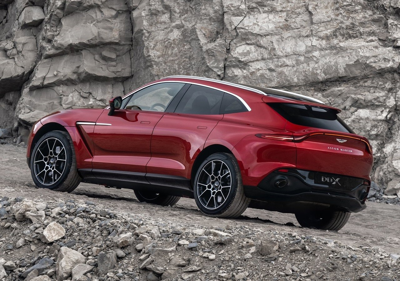 Aston Martin Dbx Podría Convertirse En La Tabla De Salvamento De La Marca