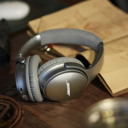 07 Bose Quietcomfort 35 Silver 1