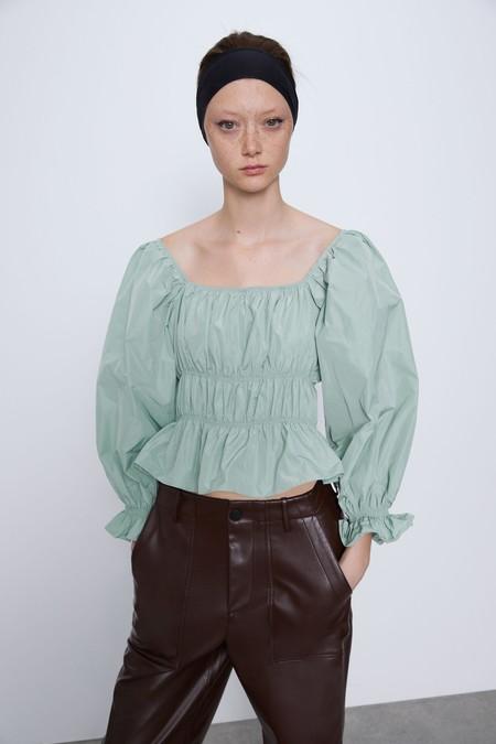 Zara Flores 09