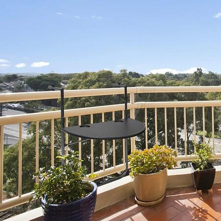 Mesa colgante de balcón