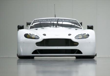 Aston Martin Vantage Gte 2016 Front
