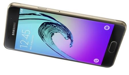 Samsung Galaxy A (2016), el gigante coreano también actualiza su gama media 'premium'