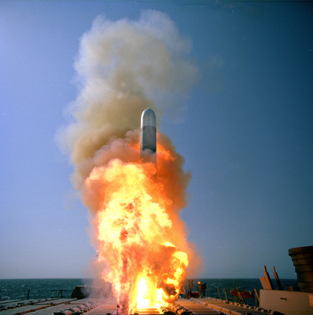 Misil Tomahawk Lanzamiento Base