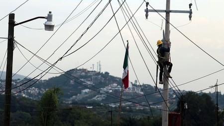 Postes Cfe Uso Telecom Mexico