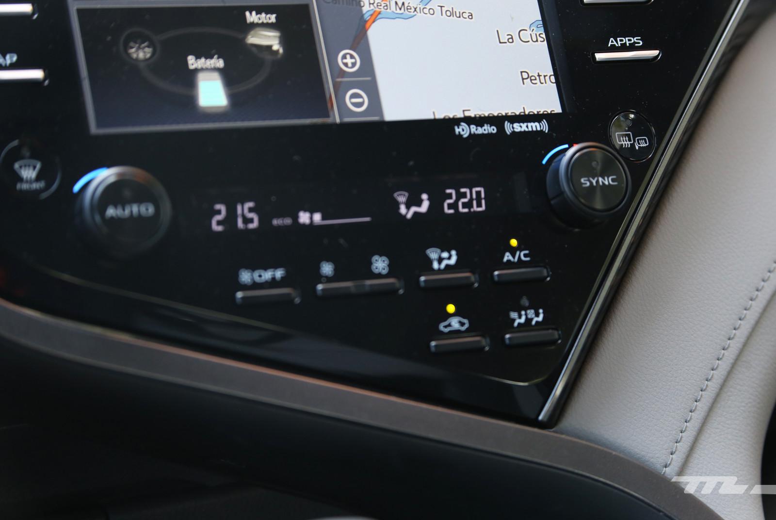 Foto de Toyota Camry Hybrid (prueba) (16/21)