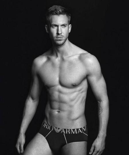 Así es desnudo el hombre que se ha ligado a Taylor Swift, Calvin Harris