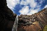 Svartifoss una obra de arte natural que se expone en Islandia