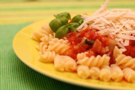 Si comes fuera de casa: elige preparaciones simples