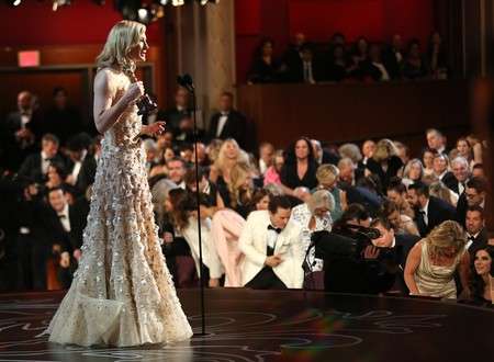 Los 11 vestidos más caros de la historia de los Oscar (y sí, algunos valen millones)