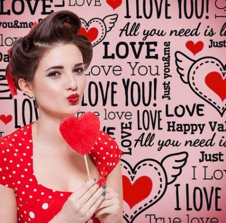 Chica Corazon Rojo