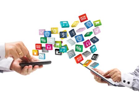 ¿Sabes cuántas y cuáles son las aplicaciones que dominan el tráfico móvil en México?