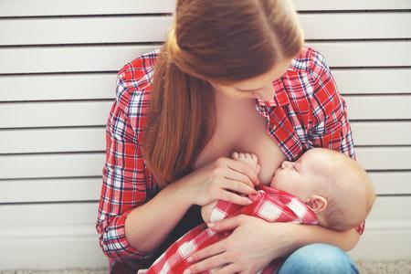 """""""Mi lactancia no fue fácil"""": siete testimonios de madres que visibilizan los problemas que pueden surgir con  la lactancia"""