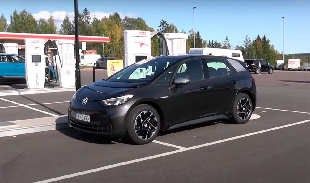 El Volkswagen ID.3 ha alcanzado 413 km de autonomía en una prueba real, pero sólo a 90 km/h