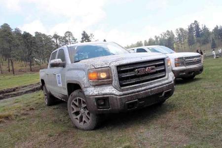 Chevrolet Cheyenne y GMC Sierra 2014: dos rancheras a todo lujo