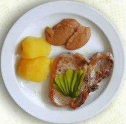 Chuletas de cerdo con manzanas