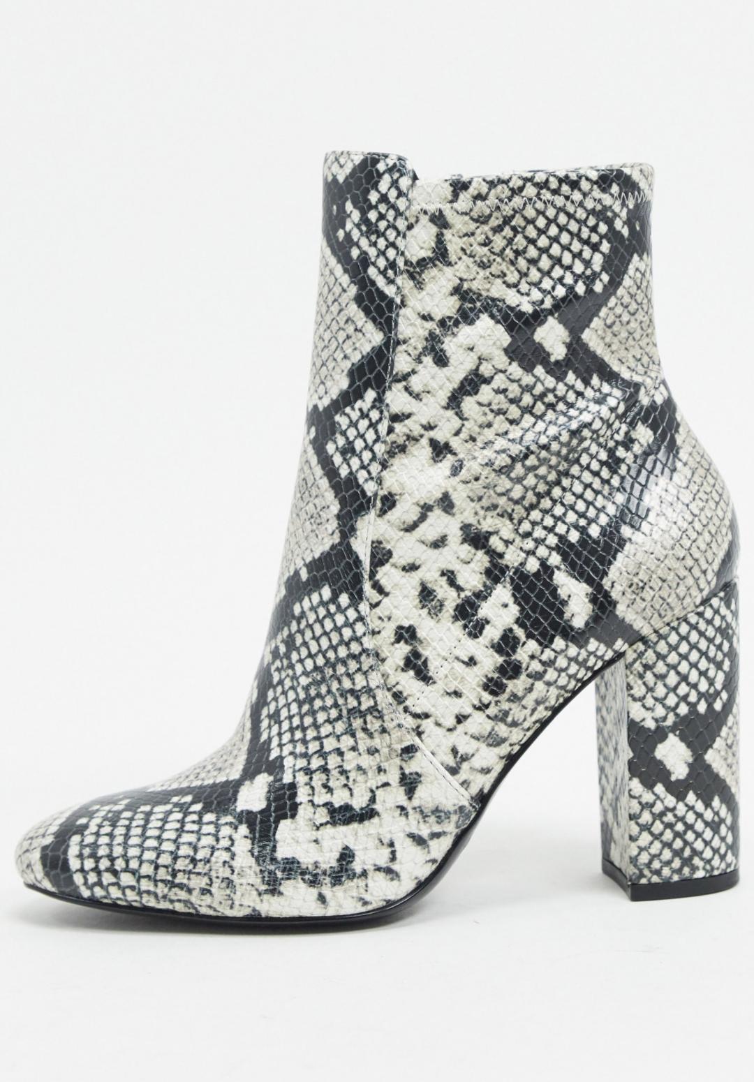 Botas de tacón estilo calcetín en tono natural Aurella de ALDO