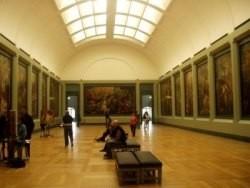Algunos consejos para visitar museos con niños y no morir en el intento