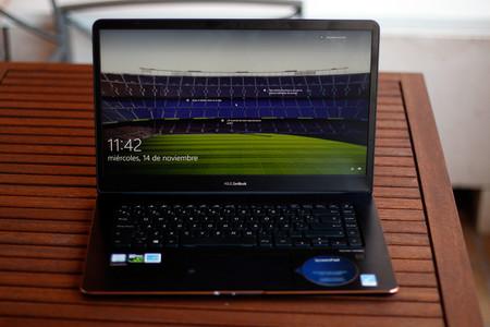 Asus Zenbook Pro 15 22