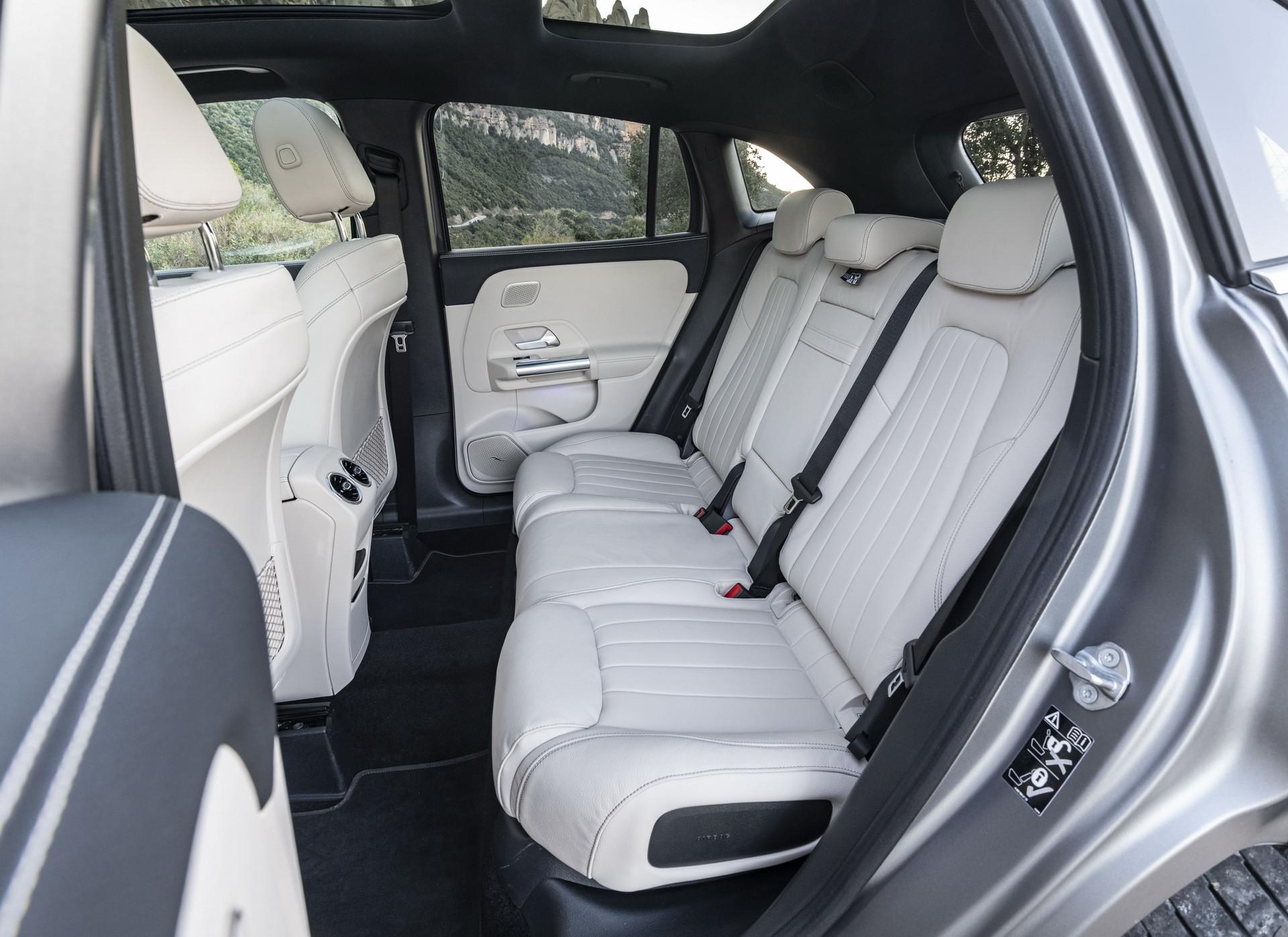 Foto de Mercedes-Benz GLA 2021 (100/103)