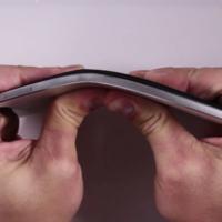 El bendgate del Nexus 6P vuelve: sí, hay móviles que se doblan si aplicas mucha fuerza