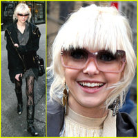 Otros dos fantásticos looks juveniles de Taylor Momsen