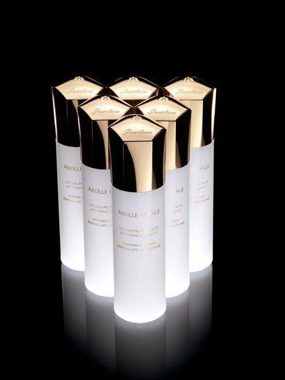 Nuevos cosméticos: cómo utilizar la Loción Preparadora Abeille Royale de Guerlain y sus resultados