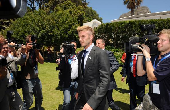 Foto de David Beckham con el nuevo tupé: trucos para ocultar las entradas y la caída del pelo (16/19)