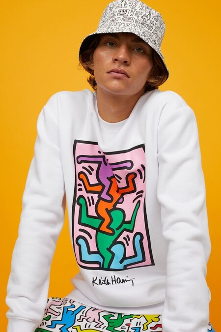 Si A Tu Verano Le Falta Arte H M Tiene La Dosis Perfecta Que Necesitas Con Su Coleccion En Conjunto Con Keith Haring