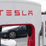 Las estaciones Supercharger de Tesla ya no serán gratuitas, pero en México de momento sí