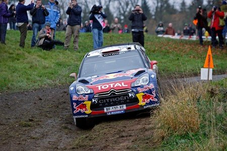 Rally de Gales 2011: Sébastien Loeb más cerca de su octavo titulo tras los problemas de Mikko Hirvonen
