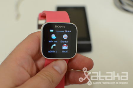 Sony Smartwatch pantalla OLED