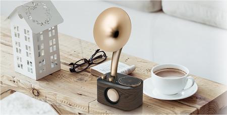 Esta radio tira de diseño retro para dar un toque distinto a la decoración del hogar