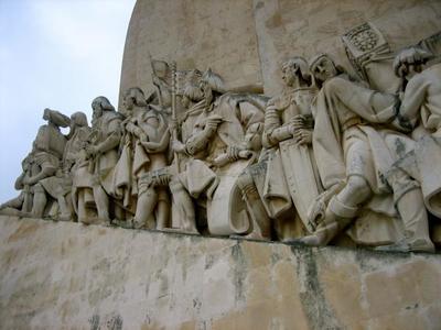 En Monumento a los Descubrimientos en Lisboa