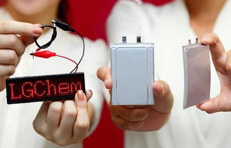 Las baterías en las que trabaja LG: apiladas, flexibles, y en forma de cable