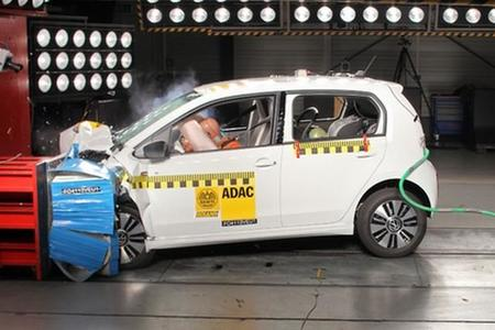 El Volkswagen e-Up! obtiene las cinco estrellas en la prueba de choque