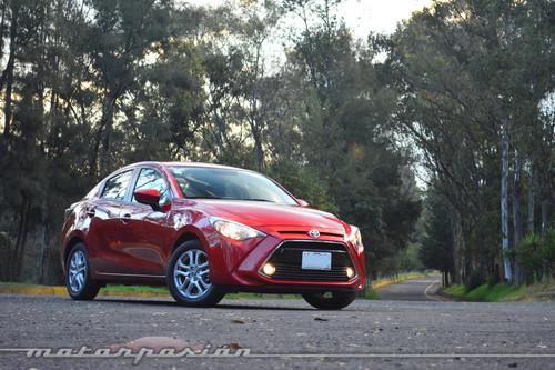 Probamos el Toyota Yaris R, el 'zoom-zoom' a la sazón de Toyota