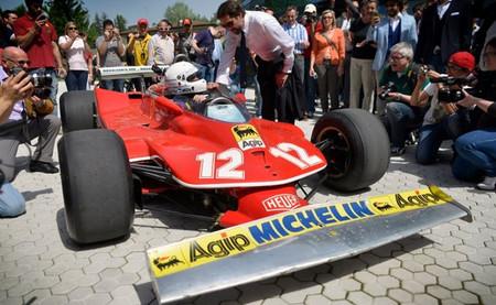 Modena revive la historia de Ferrari con un 312 T4 y René Arnoux