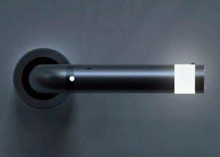 Una buena idea: iluminar con LEDs las manillas de las puertas