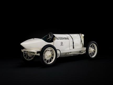 Mercedes muestra sus 120 años de diseño en la Pinacoteca de la Modernidad de Múnich