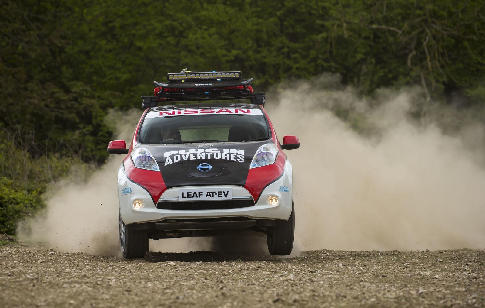Foto de Nissan Leaf AT-EV (9/19)