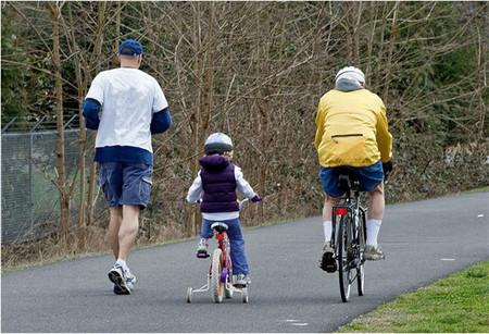 Si la familia fomenta la actividad física, los niños tendrán menos tendencia al sedentarismo cuando sean adolescentes