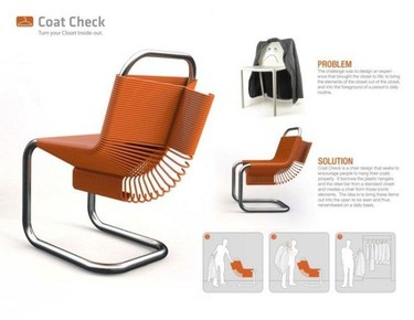 Una silla de perchas