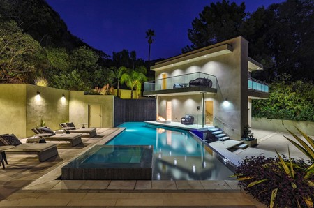 Rihanna Casa Alquiler Hollywood Hills 05