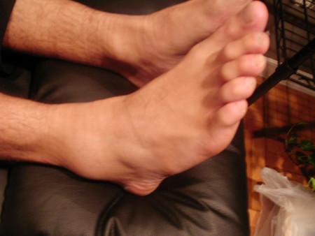 Cómo aliviar un esguince de tobillo