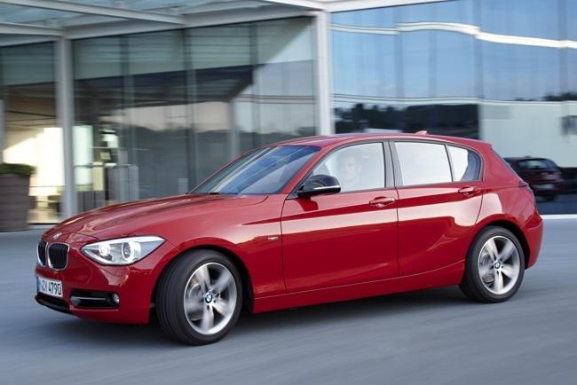 BMW Serie 1 114d rojo