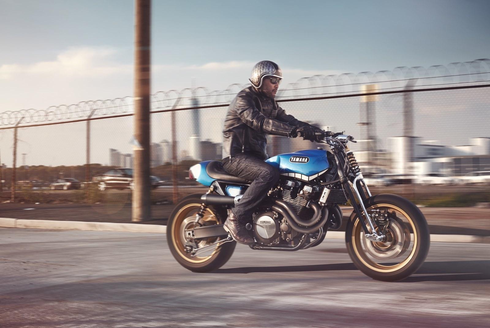 Foto de Yard Build Yamaha XJR1300 Rhapsody in Blue (1/16)