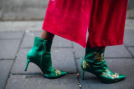 Estos son los zapatos rebajados de Zara que triunfan en el street style (y por menos de 10 euros pueden ser tuyos)