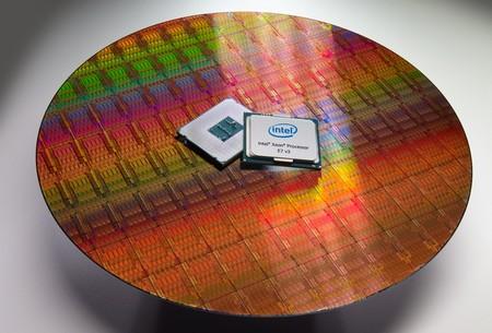 El nuevo Xeon que prepara Intel tendrá 32 núcleos: ¿quién necesita tal potencia?