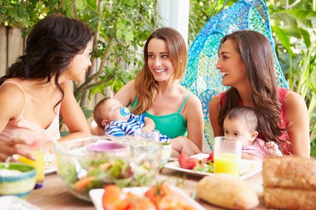 Por qué es más fácil ser mamá si se tiene una tribu